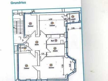 Zauberhafte 4 Zimmerwohnung, Charlottenburg-Neuwestend, alle Räume Laminat, Einbaukü., Balkon