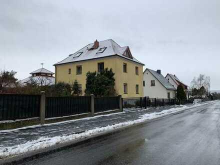 Gepflegte 3-Zimmer-Maisonette-Wohnung mit Balkon in Coswig