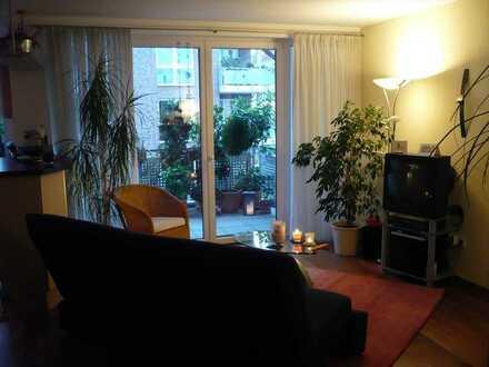 Gepflegte, innenstadtnah gelegene Wohnung im 1. OG mit Balkon und EBK in Münster