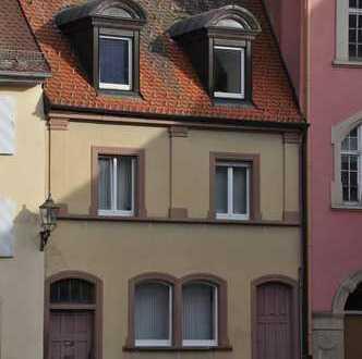 Schöne helle 2-Zimmer-Whg. am Münsterplatz in VS-Villingen