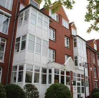 Erdgeschoss: 3 Zi. mit Wannenbad und Balkon in Findorff