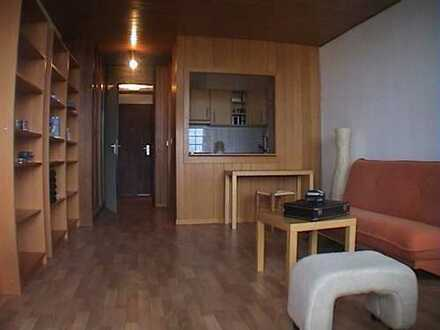 Provisionsfrei helle 1 Zi. Wohnung 34qm FFM-Nied