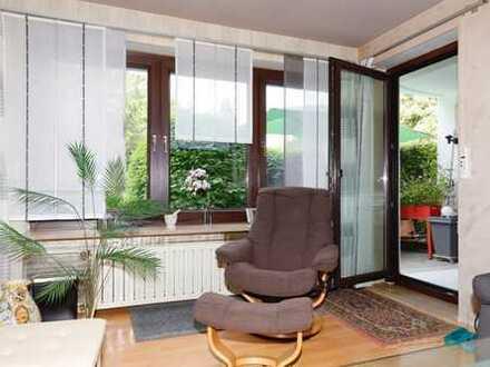 2 ZKB, Terrasse, ruhig gelegen, hochwertige Einbauküche