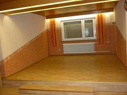 2,5 Zimmer-EG-Wohnung