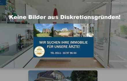Isernhagen-Süd: Einzigartige Landhausvilla auf einem atemberaubenden 1810 m² großen Grundstück!