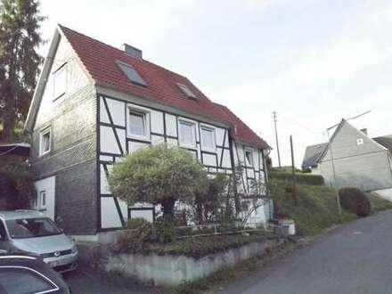 Liebevoll restauriertes und saniertes EFH in guter Lage von Freudenberg-Oberfischbach