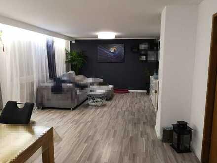 Modernisierte 3,5-Raum-Wohnung und Einbauküche in Heiningen