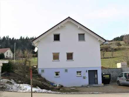Wohnhaus für umweltbewusste Familie