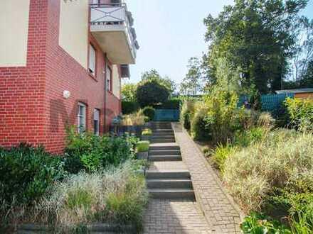 Kapitalanlage in naturnaher Lage im Münsterland: Gepflegtes MFH mit 3 WE, Terrasse und Balkon