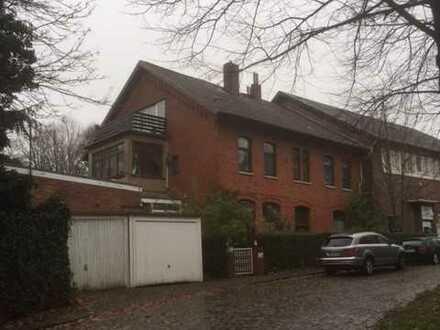 Großzügige Altbau-Eigentumswohnung am alten Güterbahnhof