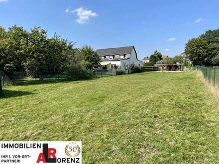 LORENZ-Angebot in Eppendorf: Freist. 2-Fam.-Hs. (plus mögliches Apartment) PLUS großes Grundstück!