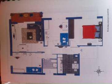 Grosse 4 Zimmer Wohnung mit Balkon und Garage
