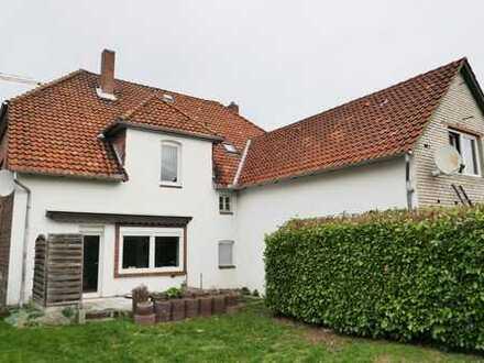 MGK bietet Hagenburg: 3 Wohneinheiten mit Altbaucharme, großem Garten und vielen Nebenflächen