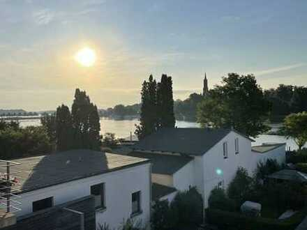 !!! Seltenheit !!! Frisch sanierte 2-Raum-Wohnung mit Seeblick in der Nähe des Malchower Stadthafen