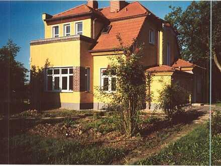 Charmantes Altbau EFH mit großem Garten in Hönow Dorf