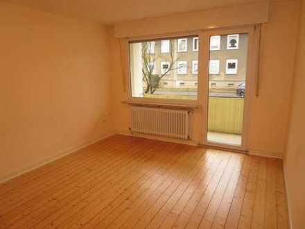 West-Balkon / abgeschliffener Holzdielenboden. 3 1/2 Zimmer EG-Whg. in Brackel