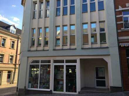 freundliche und helle Ladenflächen im Zentrum von Hohenstein