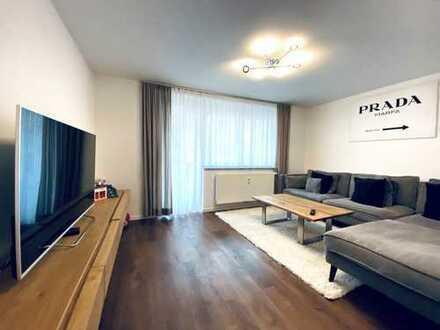 Moderne 3-Zimmer--Wohnung mit Terrasse und Garten