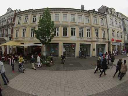 """Praxisräume im """"Ärztehaus am Schlosspark"""" direkt in der Detmolder Fußgängerzone"""