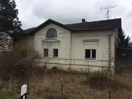 Teilsaniertes Mehrgenerationenhaus in unmittelbarer Nähe zur Oder