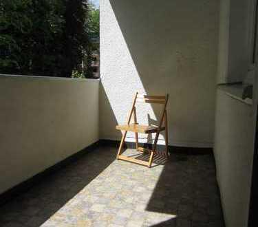 Südstadt. Ruhige 3 Zimmer Wohnung mit Balkon