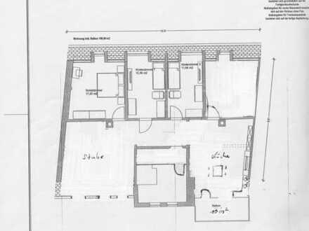 Erstbezug nach Sanierung!! helle 5 Zimmer Wohnung mit Eigenheimcharakter in zentraler Lage