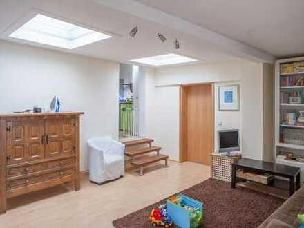 Atmosphärische, gut geschnittene 3-Zimmerwohnung in schöner Altstadtlage mit Terasse