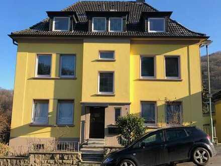 Dreifamilienhaus mit Flair, Garage und großem Garten in Hagen