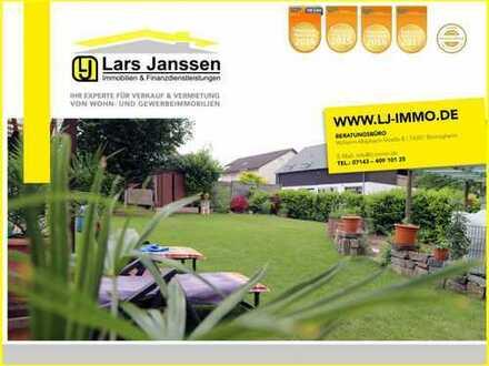 *** Viel Platz für die Großfamilie oder mehrere Generationen *** 2-Familienhaus mit großem Garten