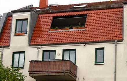 Maisonettewohnung mit Aufzug im Haus, Einbauküche und auf zwei Ebenen!