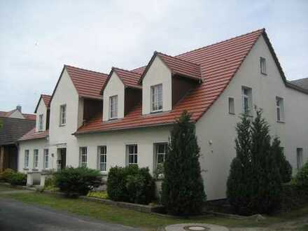Sehr schöne 2 Zimmer Wohnung auf idyllischem 4 Seiten Bauernhof