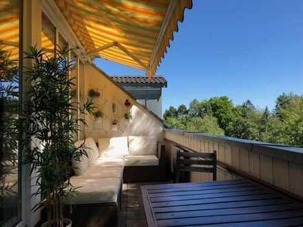 Möbliert: 4 Zimmer Dachgeschosswohnung in Giesing mit Terasse/Loggia - provisionsfrei