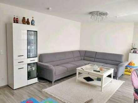 Lichtdurchflutete und gemütliche 3-Zimmer Wohnung mit Garten und Terrasse in Königsbrunn