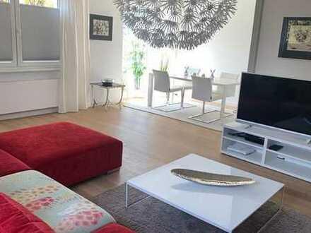 Sanierte 3-Raum-Wohnung mit Balkon und Einbauküche in Offenbach
