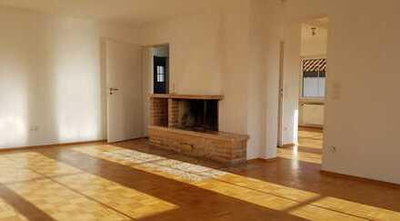 2 1/2-Zimmer-Wohnung in ruhiger Lage mit großer Terrasse und kleinem Garten