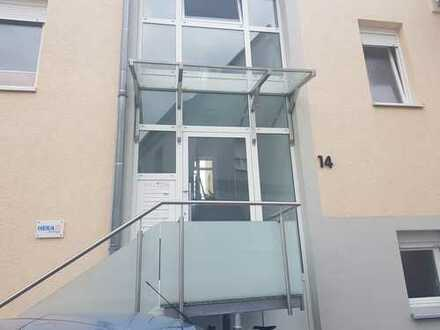 Schöne vier Zimmer Wohnung in Rhein-Neckar-Kreis, Nußloch