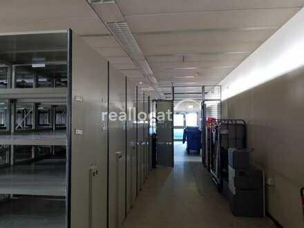 Lager/Archivfläche direkt in der Innenstadt - Lastenaufzug - Aktenregale