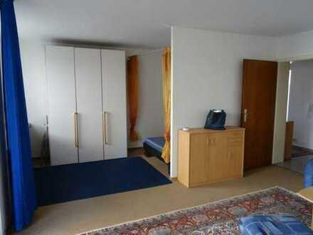 **Helle 1,5 Zimmer-Wohnung mit Mobiliare in Feuerbach**
