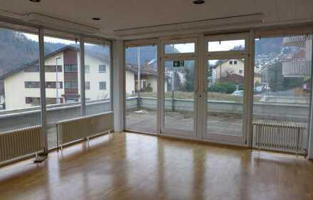 PROVISIONSFREI! Verkauf im BIETERVERFAHREN - Wohn-/Gewerbeeinheit in Bad Liebenzell