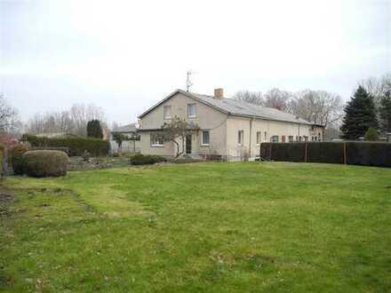 Stadtrand: Platz für die Familie auf großem Grundstück - Peene in 250 Meter...