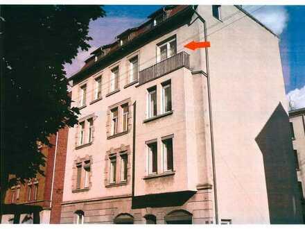 Urbanes Wohnen in einer sonnigen 2-Zi.-Wohnung von Stuttgart-Süd mit hohen Räumen
