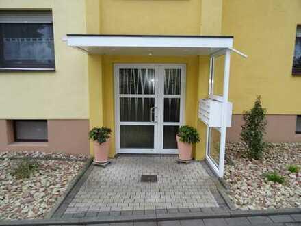 Sehr gepflegte, vollständig und frisch renovierte 2-Zimmer-Wohnung mit 2 Balkonen in Kriftel/Taunus