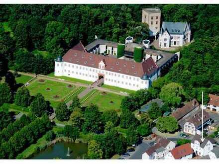 Sonnige 3-Zimmer-Wohnung mit Blick auf den Schloßgarten in Heusenstamm