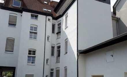 Preiswerte, vollständig renovierte 4-Zimmer-DG-Wohnung zur Miete in Hamm