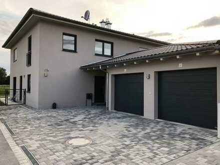 1.390 €, 140 m², 5 Zimmer