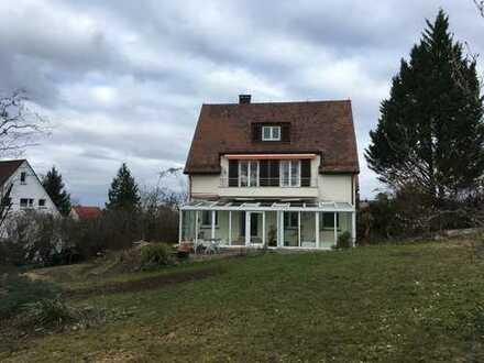 Schönes, Freistehndes Haus am Memberg sieben Zimmern in Stuttgart, Bad Cannstatt