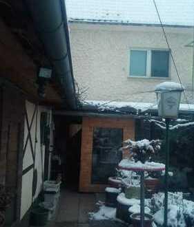 Gepflegtes Haus mit fünf Zimmern und EBK in Zülpich, Zülpich