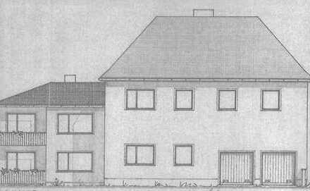 Sanierungsbedürftiges EFH mit angebautem Zweifamilienhaus