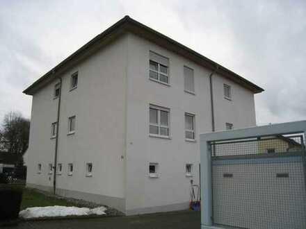 Moderne 3-Zimmerwohnung mit Garage
