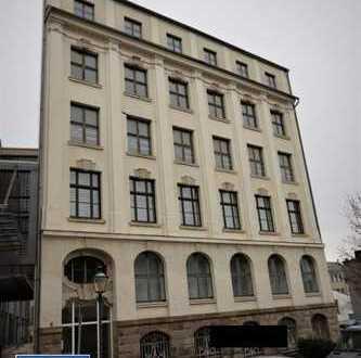 31/20 - Wohn- und Geschäftshaus mit 6 GE mit Fahrstuhl - Denkmalschutz - in Reichenbach